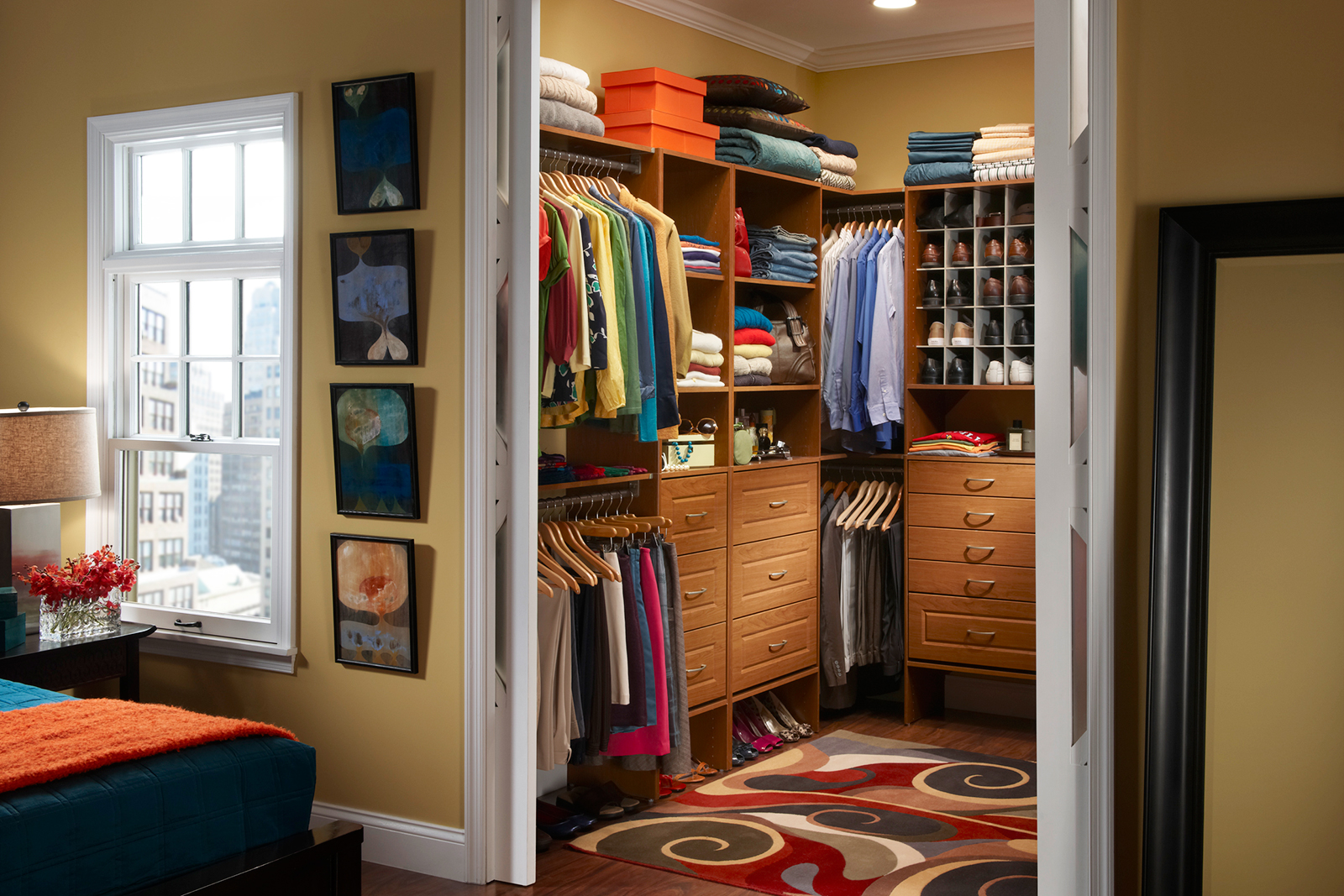Master closet layout organizing your master closet - Walk in closet designs for a master bedroom ...