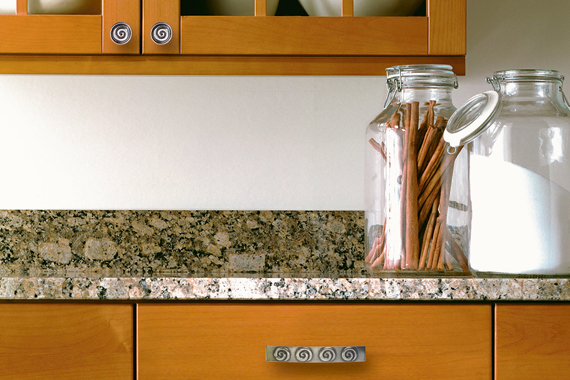Kitchen Cabinet Hardware Upgrade | Kitchen Cabinet Hardware