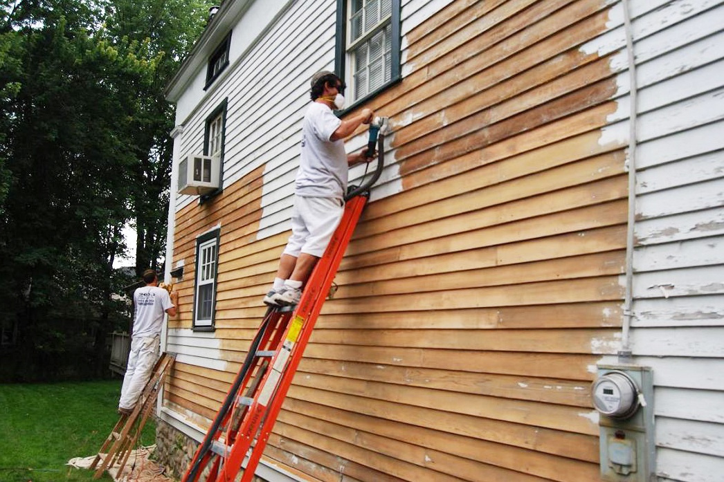 Exterior paint tips exterior painting pointers houselogic - Exterior house painting cost per square foot ...