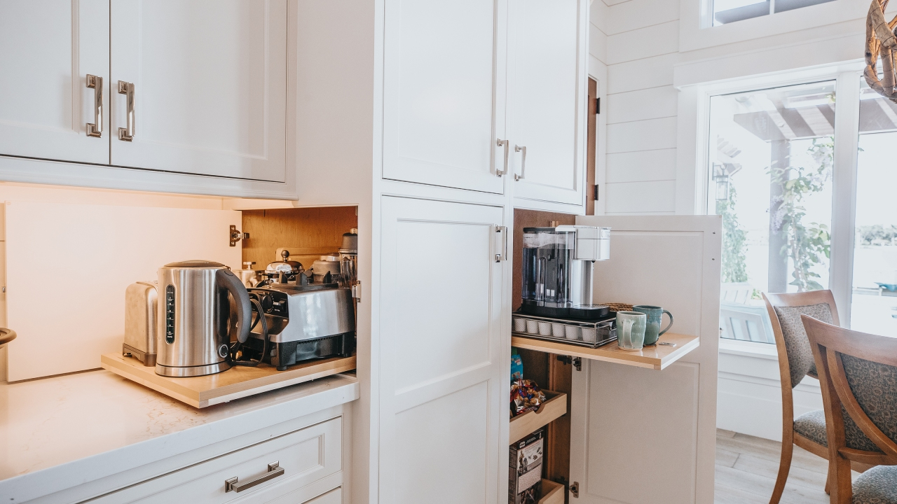 Kitchen Storage Ideas | Corner Kitchen Cupboard Solutions