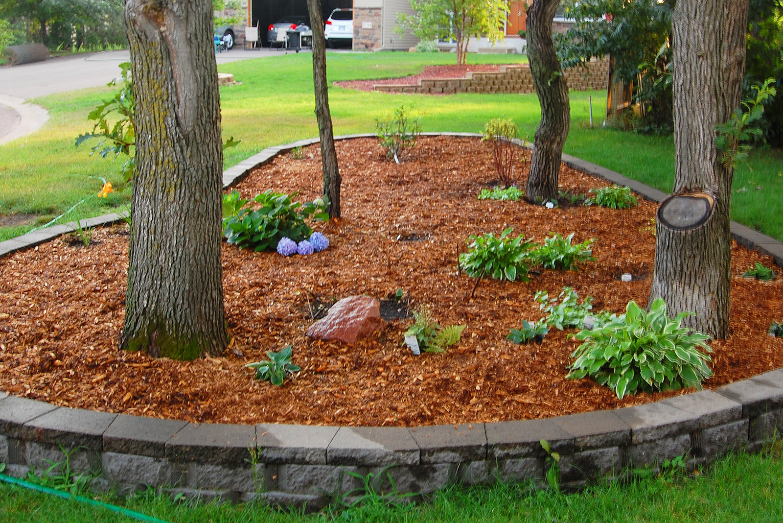 How Much Mulch Do I Need Here S How To Know Houselogic
