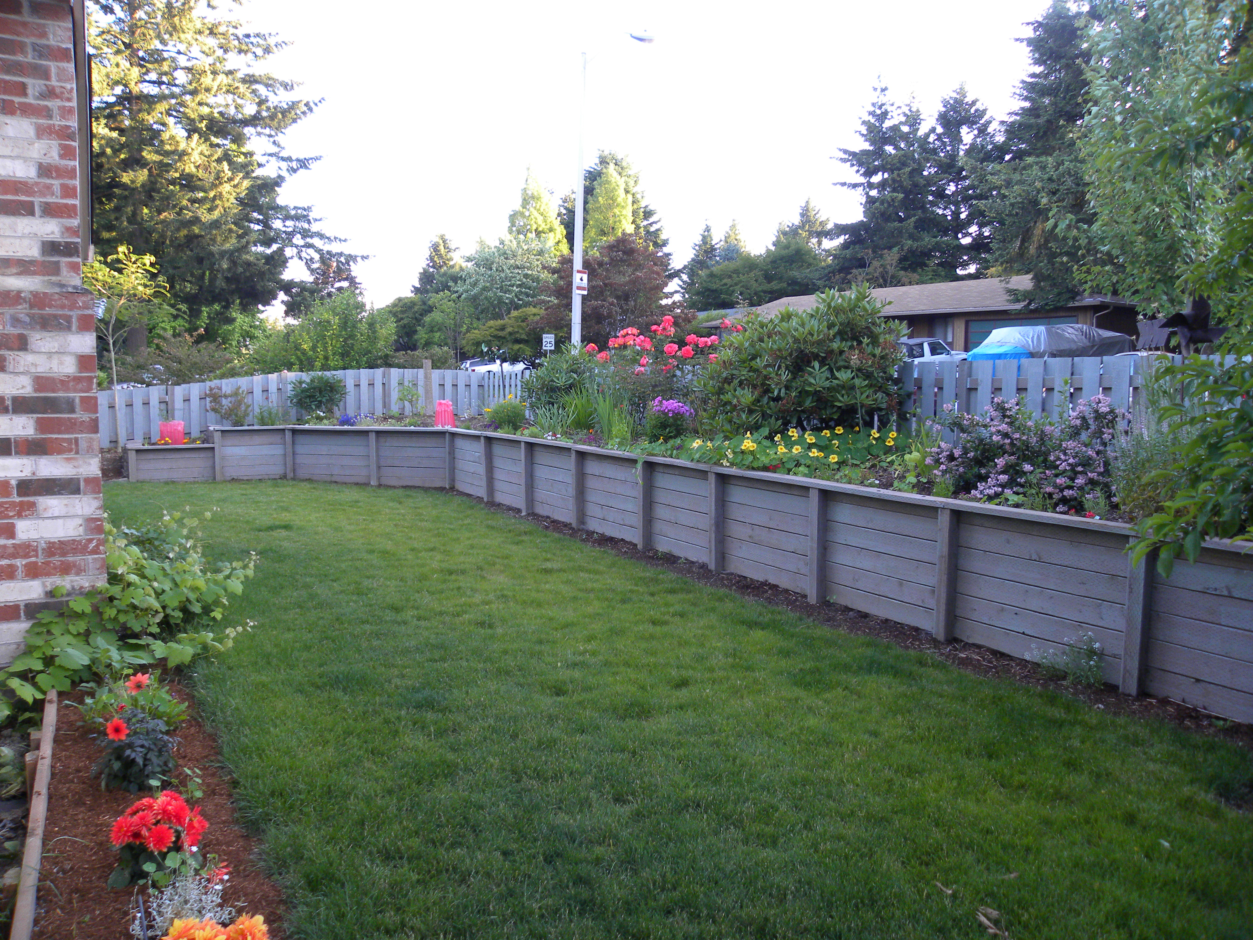 Retaining Wall Ideas | Retaining Wall Design | Landscape Pictures