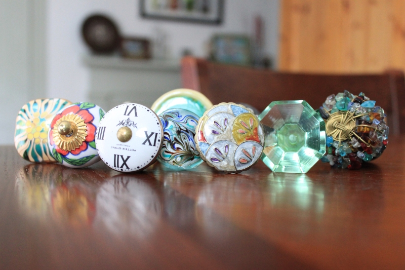Colorful cabinet knobs for a home kitchen