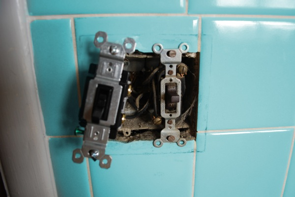 Repairing a light switch in a home