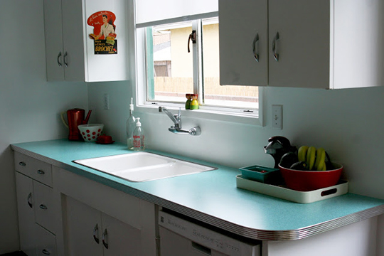 Retro remodel with Formica laminate kitchen countertops