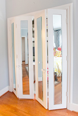 Mirrored Bifold Closet Doors Organization Tips