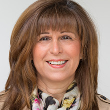 Author photo of writer Lisa Kahn