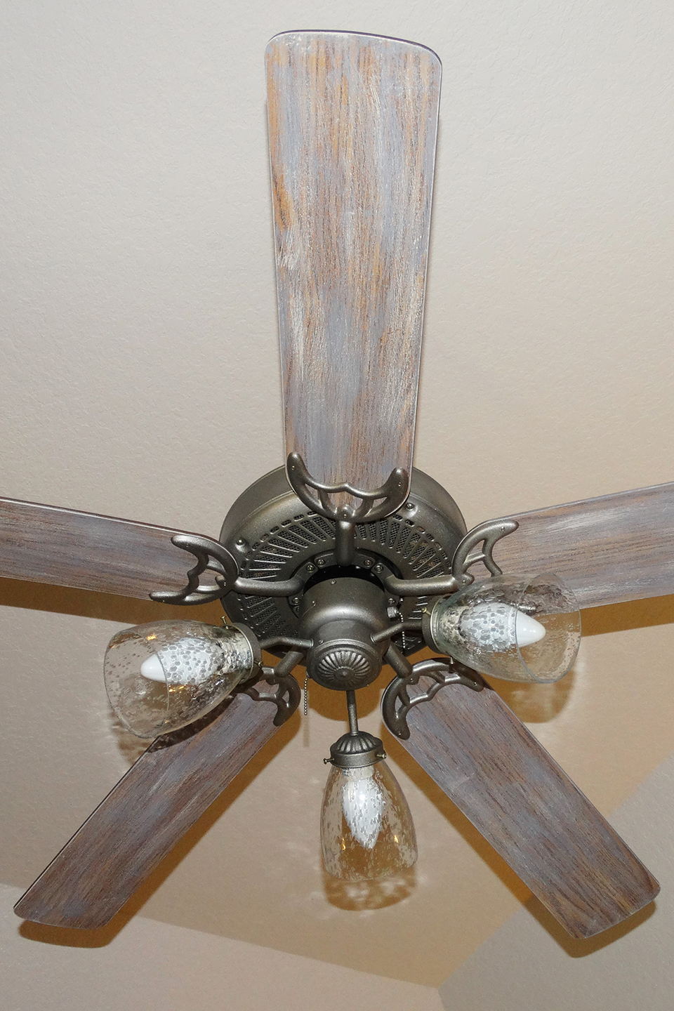 Dry-brushed wood ceiling fan blades