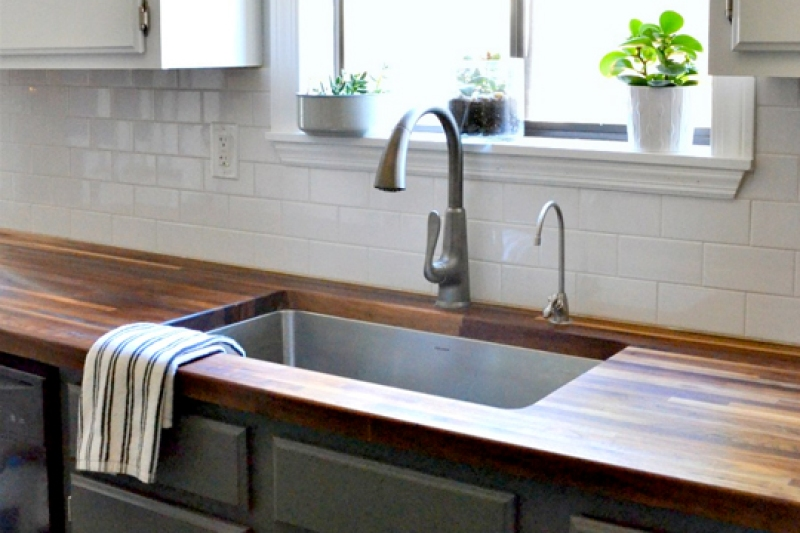 Deep single basin kitchen sink
