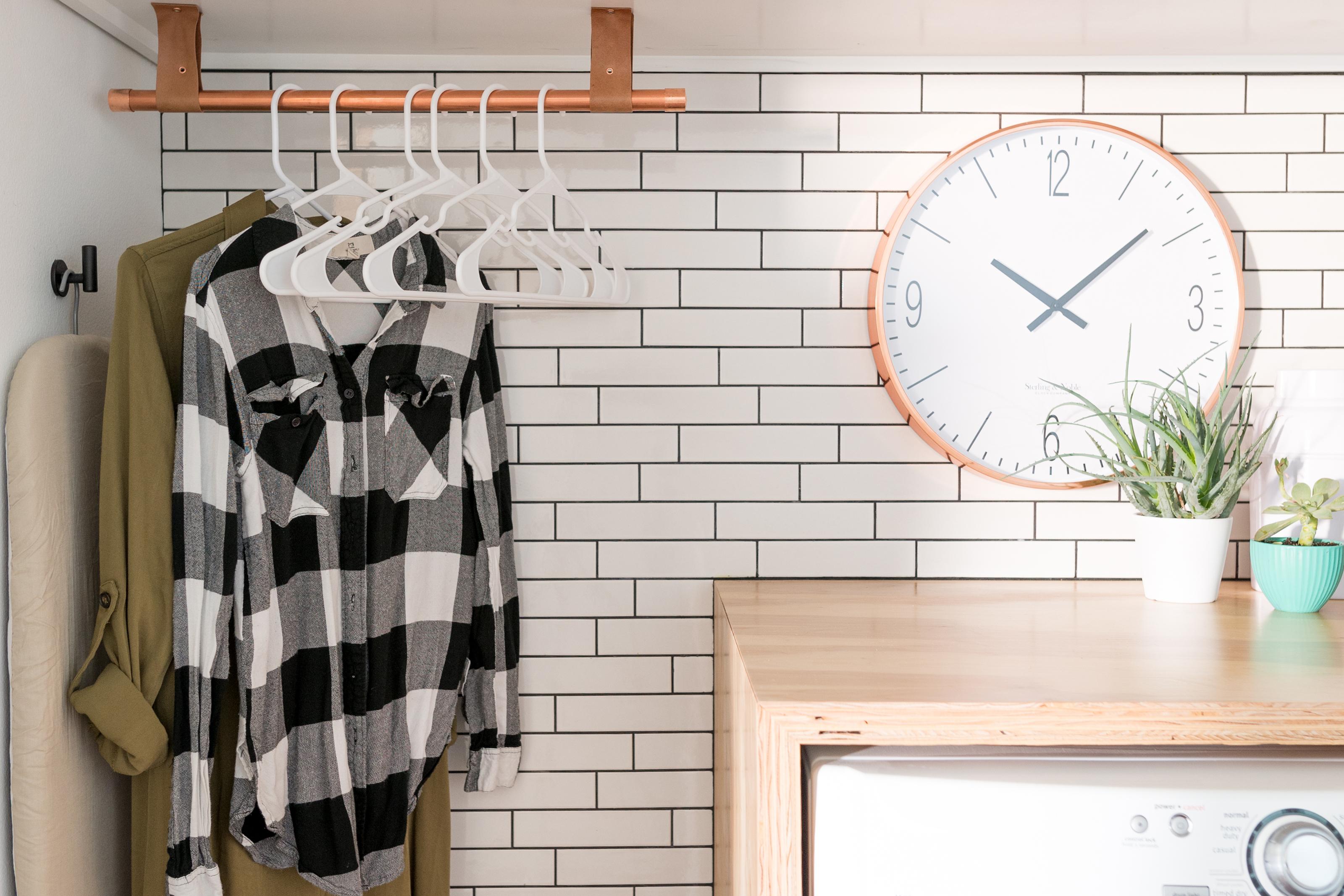 Subway tile backsplash in a home laundry room