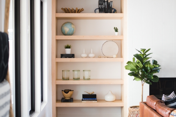 Video about staging a shelf