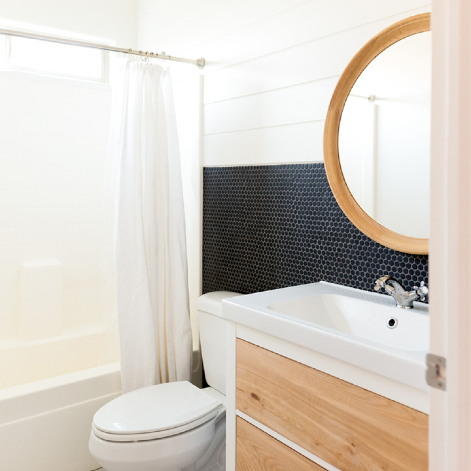 Diy Bathroom Renovation On A Budget Tips For Affordable Bathroom Renovations