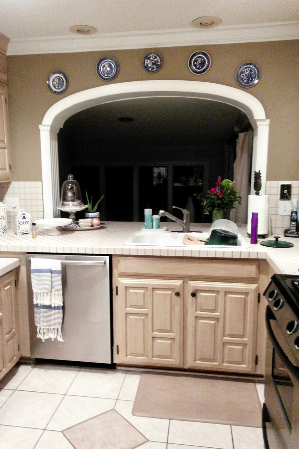 Kitchen Remodel on a Budget: 5 Low-Cost Ideas to Help You ...