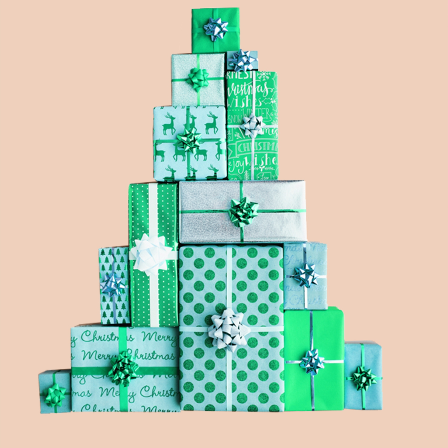 Gifts stacked in the shape of a Christmas tree | Organized