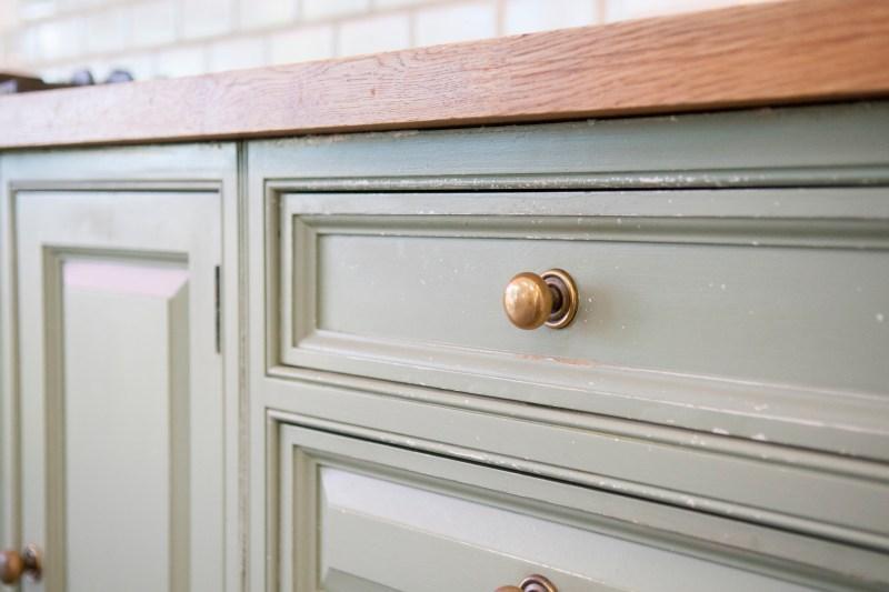 reface kitchen cabinet drawer